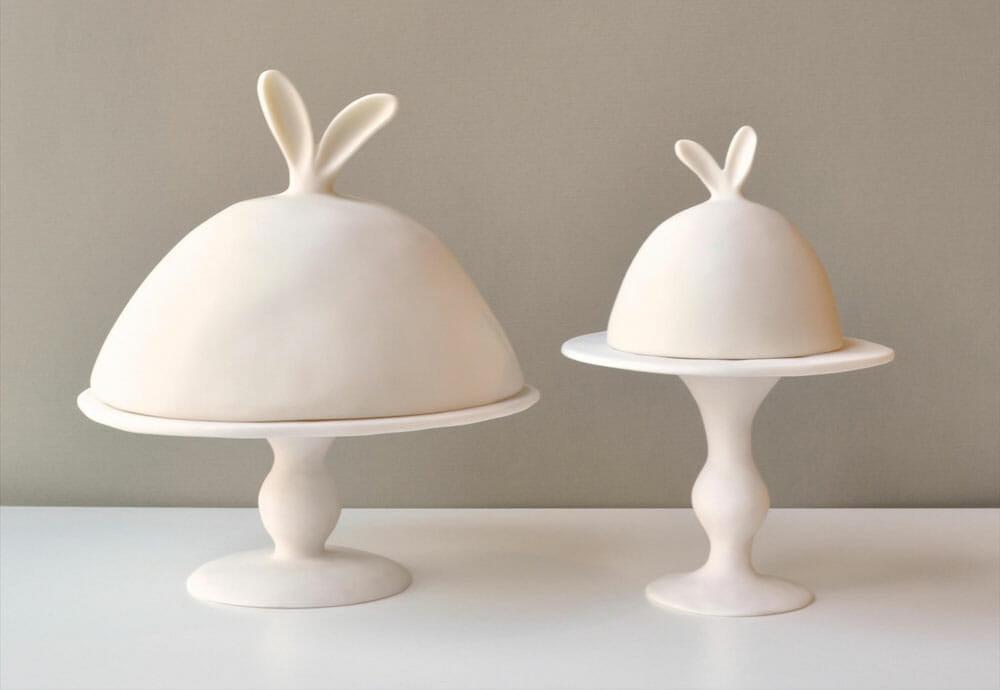 """""""The Rabbit Resin"""" par Tina Frey Designs"""