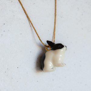 Le collier Dracie en porcelaine